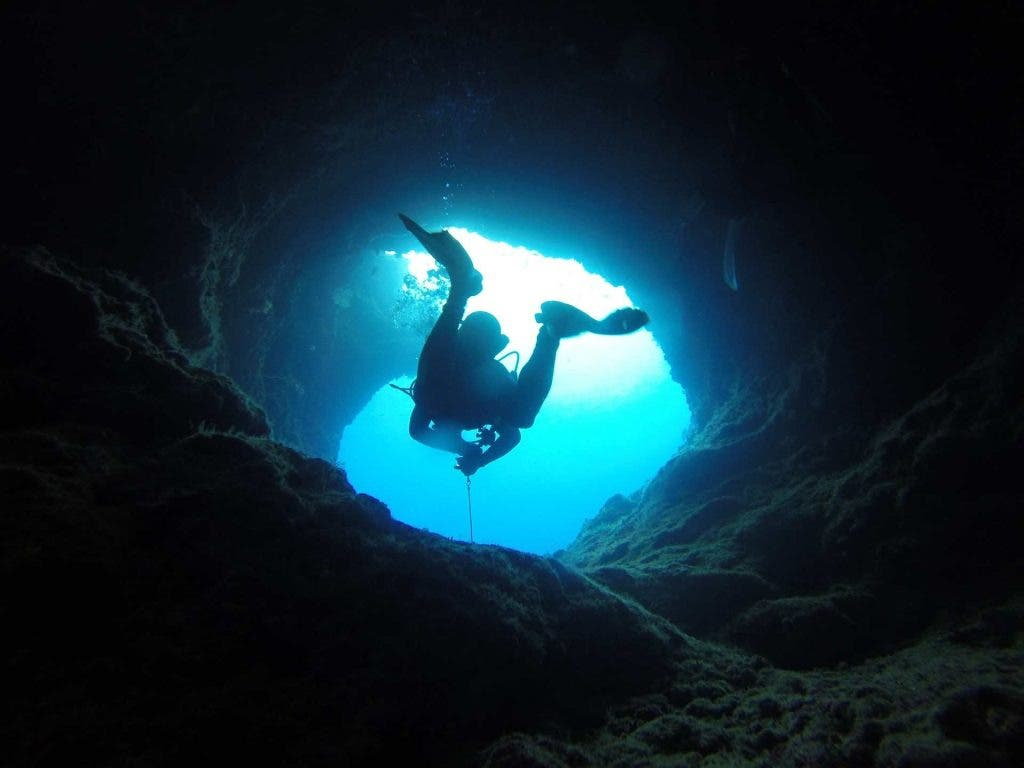 Extreme-sports-cave-diving-travel-and-food-lifestyle-DKODING