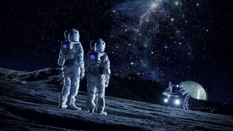 First-Woman-On-Moon-Artemis-2024-Trending-Today-DKODING