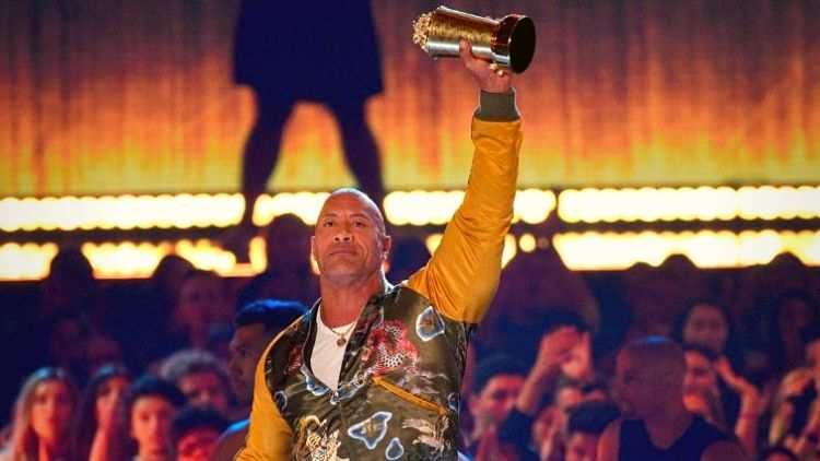 Generation-Award-Dwayne-The Rock-Johnson-Mtv-Awards-Hollywood-Entertainment-DKODING