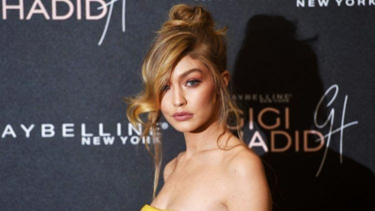 Gigi-Hadid-Hollywood-Entertainment-DKODING