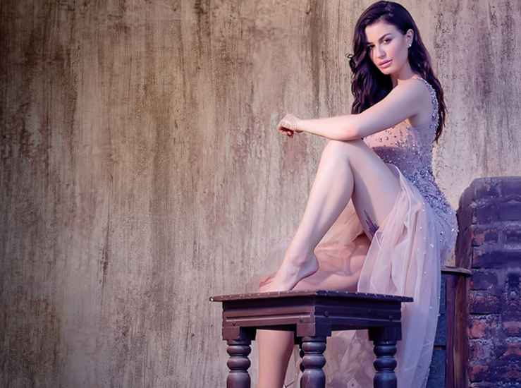 Giorgia-Andriani-Making-Debut-In-sridevi-Bunglow-Entertainment-Bollywood-DKODING