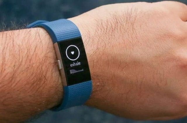 Google-Acquires-Fitbit-Companies-Business-DKODING