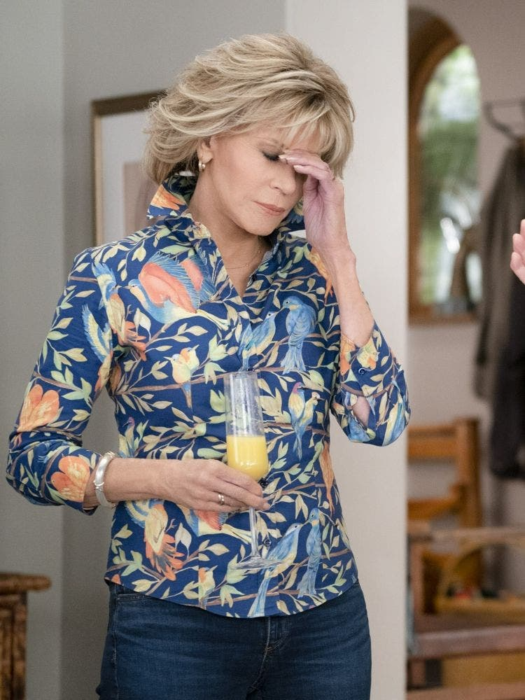 Season 6 of Grace and Frankie Will Have Them At Shark Tank DKODING
