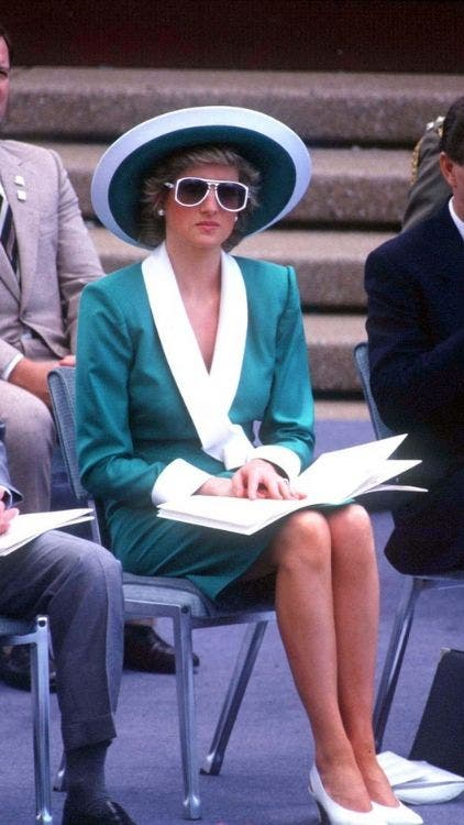 Green-Princess-Diana-Inspired-Fashion-Lifestyle-DKODING
