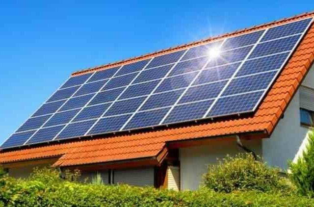 Gujarat-Tops-Rooftop-Solar-Projects-In-India-RK-Singh-Industry-Business-DKODING