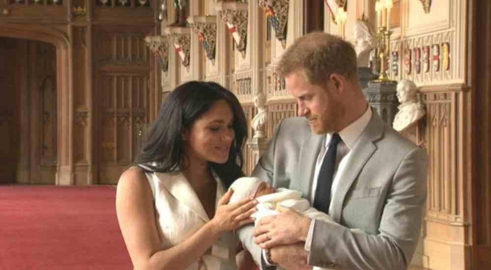 Harry-Meghan-Baby-Glimpse-Features-DKODING