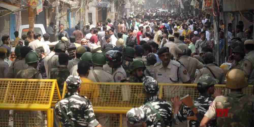 Hauz-Qazi--Clashes-India-Politics-DKODING