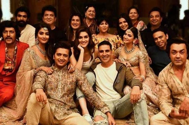 Housefull 4 team-Motion-Poster-Out-Bollywood-Entertainment-DKODING