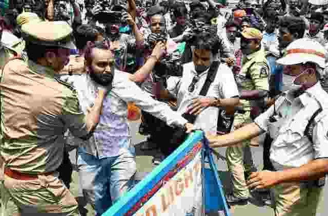 Hyderabad-Students-Protest-More-News-DKODING