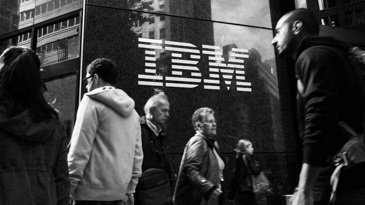 IBM-Fired-100000-Older-Employees-Boost-Appeal-To-Millennials-Companies-Business-DKODING