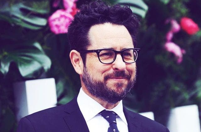 JJ Abrams is set to join Warner bros, will he make the hollywood industry a better one? | NewsShot | DKODING