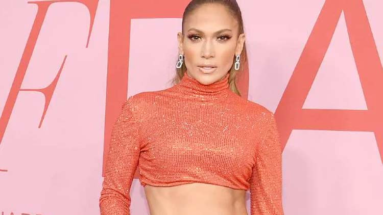 Jennifer-Lopez-More-News-DKODING