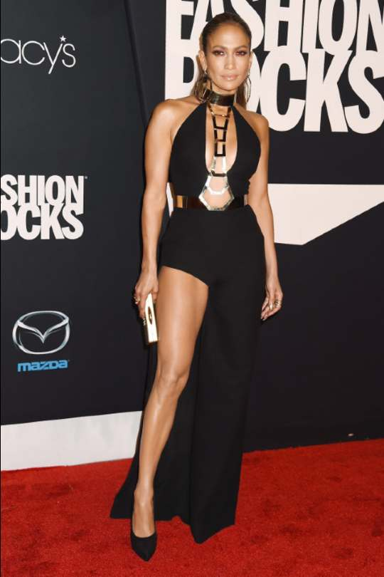 Jennifer-Lopez-Red-Carpet-Looks-Black-Sexy-Dress-Hollywood-Entertainment-DKODING