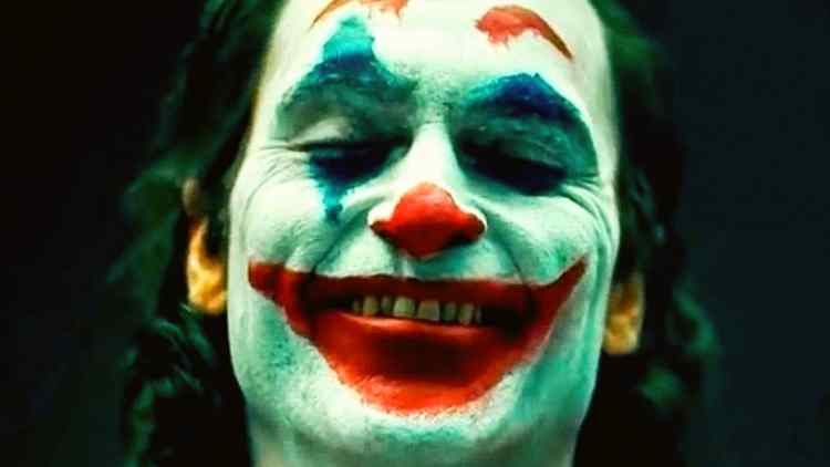 DKODING Joker – Time to root for the bad guy!