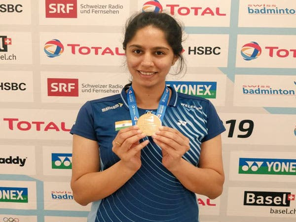 Joshi-Wins-Gold-Para-Badminton-Championship-Other-Sports-DKODING