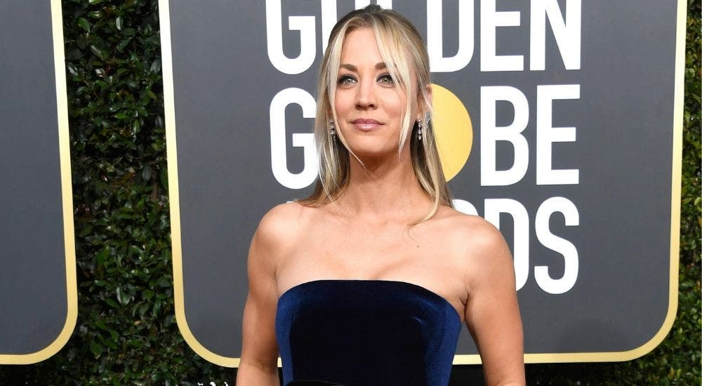 Kaley Cuoco is trying harder to look hot during quarantine