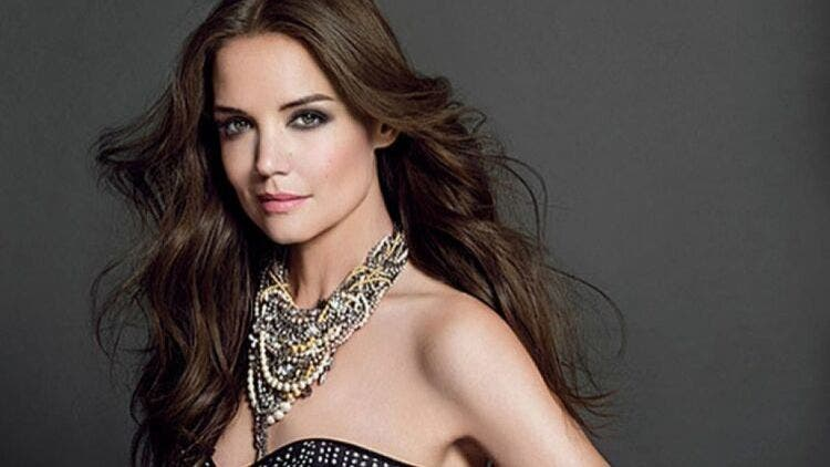 Katie-Holmes-Brand-Hair-Fashion-And-Beauty-Lifestyle-DKODING