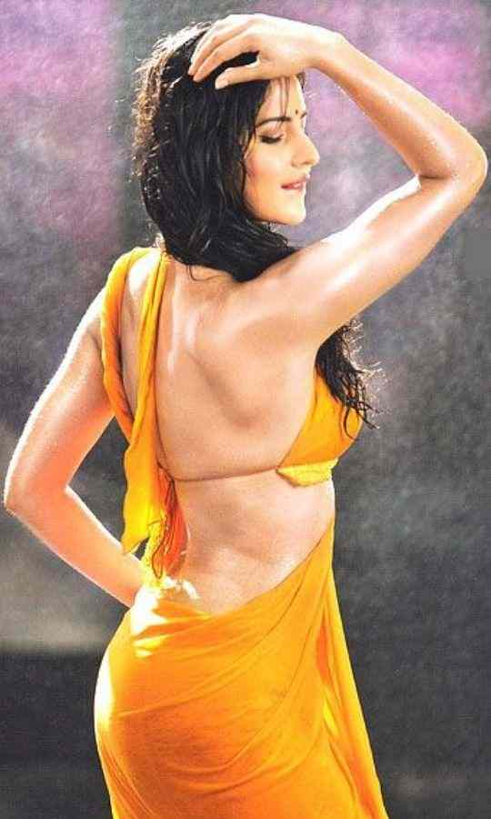 Katrina-Kaif-Looks-Hot-In-Saree-Bollywood-Entertainment-DKODING