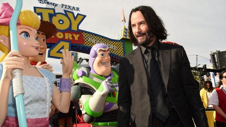 Keanu-Reaves-Toy-Story4-Entertainment-Hollywood-DKODING