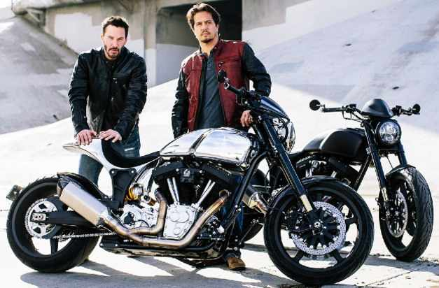 Keanu-Reeves-Gard-Hollinger-Motorcycle-Company-Hollywood-Entertainment-DKODING