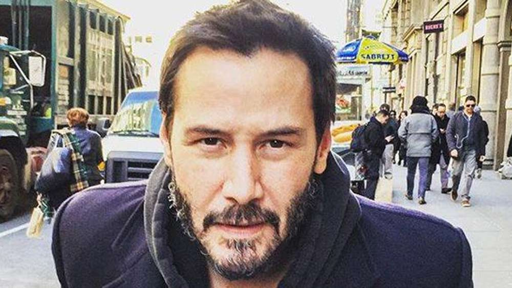 Keanu-Reeves-New-Age-Monk-Detached-Trending-Today-DKODING