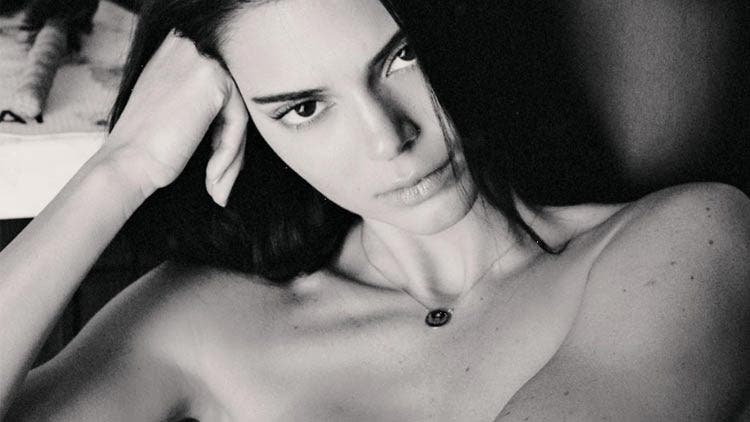 Kendall-Jenner-Nude-Photo-Shoot-NSFW-Hollywood-Entertainment-DKODING