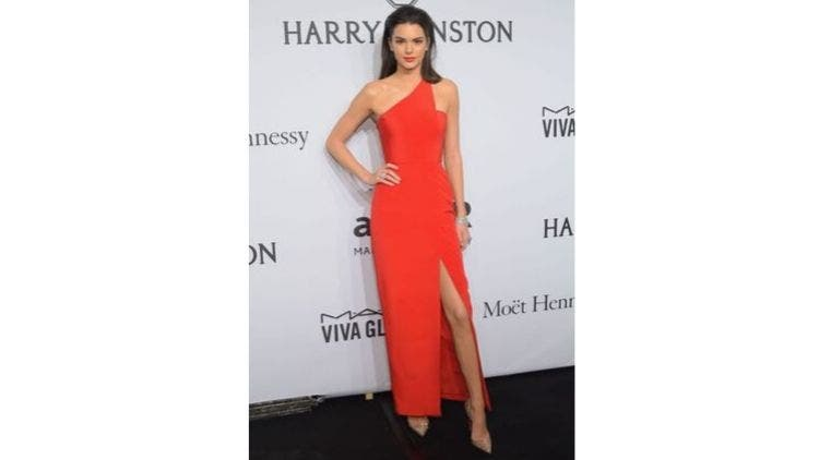 Kendall-Jenner-Style-Evolution-Fashion-And-Beauty-Lifestyle-DKODING