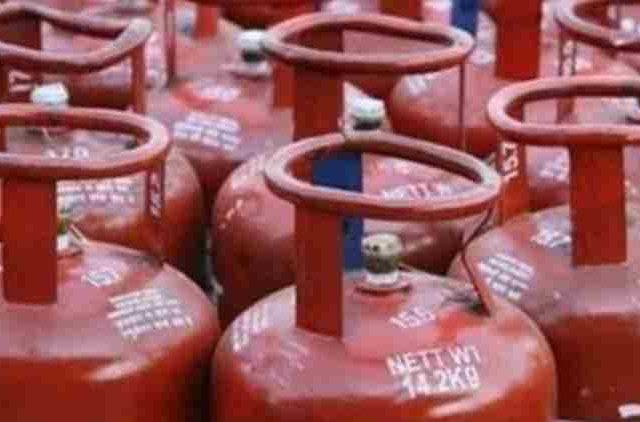 LPG-Cooking-Gas-Cylinders-To-Cost-Slightly-More-Companiess-Business-DKODING