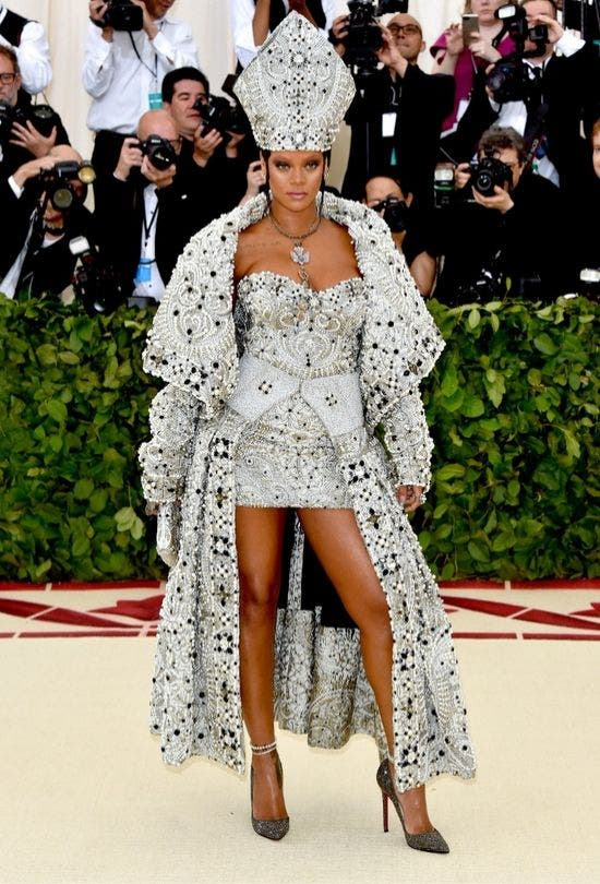 MET-Gala-Look-Pope-Fashion-And-Beauty-Lifestyle-DKODING