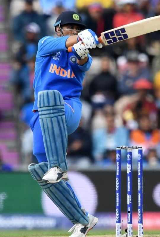 MS-Dhoni-CWC19-Cricket-Sports-DKODING