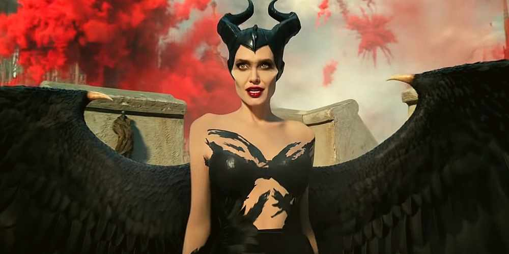 Maleficent-Mistress-Of-Evil- Angelina-Black-Dress-Hollywood-Entertainment-DKODING