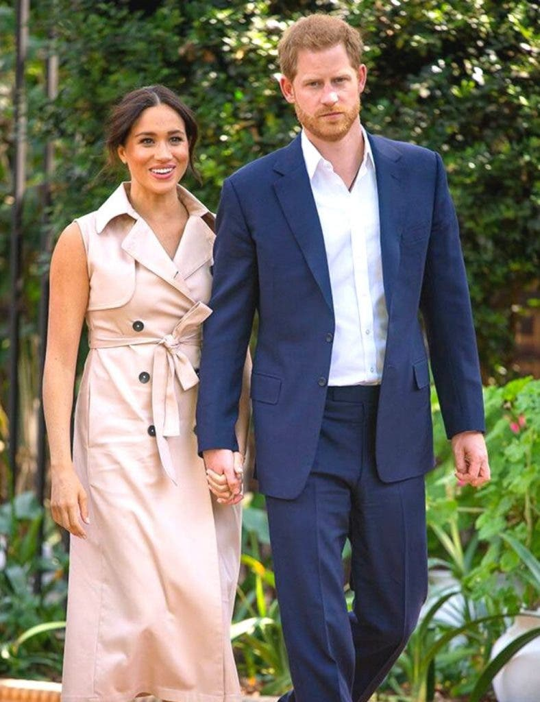 Meghan and Harry DKODING