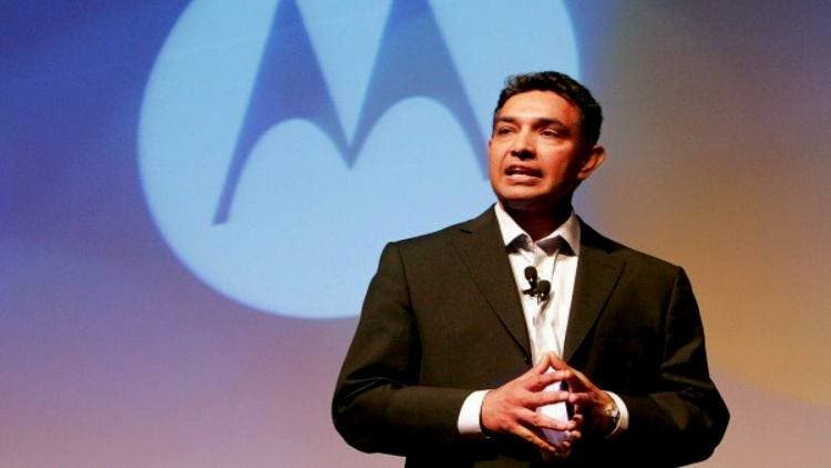Motorola-Former-CEO-Sanjay-Jha-Companies-Business-DKODING severance packages last decade