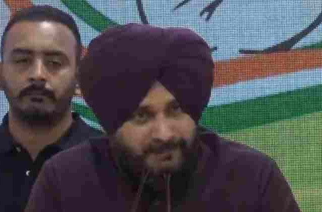 Navjot-Singh-Sidhu-Congress-HQ-inc-aicc-india-politics-DKODING