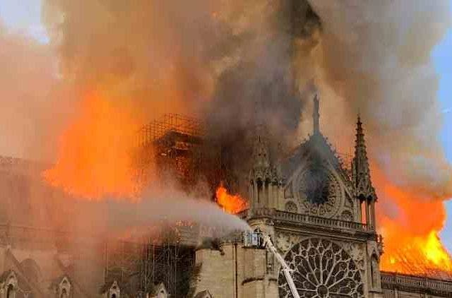 Notre-Dame-Cathedral-fire-bollywood-entertainment-DKODING