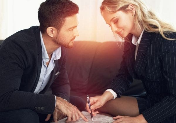 Office-Collegues-Like-Sex-Relationship-Lifestyle-DKODING