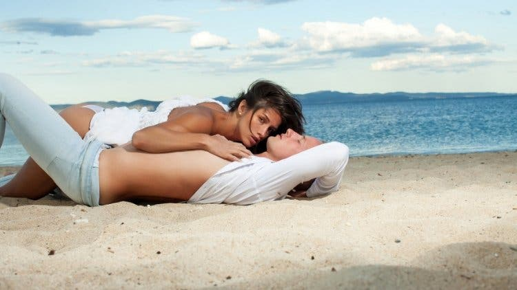Outside-sex-beach-sex-and-relationship-lifestyle-DKODING