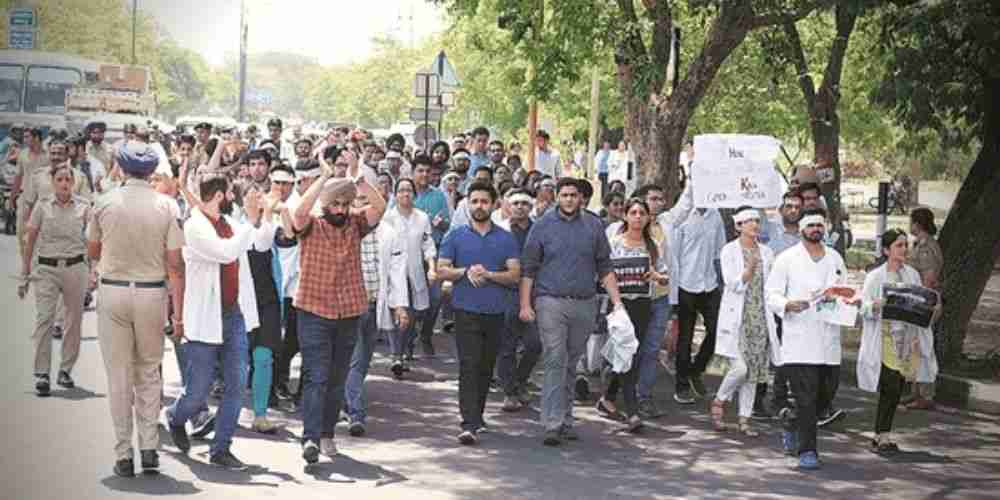 PGIMER-Chandigarh-Join-Protest-By-IMA-Over-NMC-Bill-India-Politics-DKODING