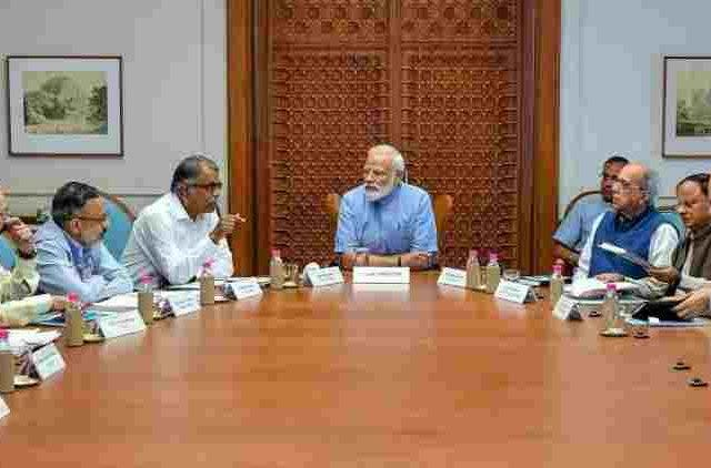 PM-Narendra-Modi-Chairs-High-Level-Meeting-For-Cyclone-Fani-India-Politics-DKODING