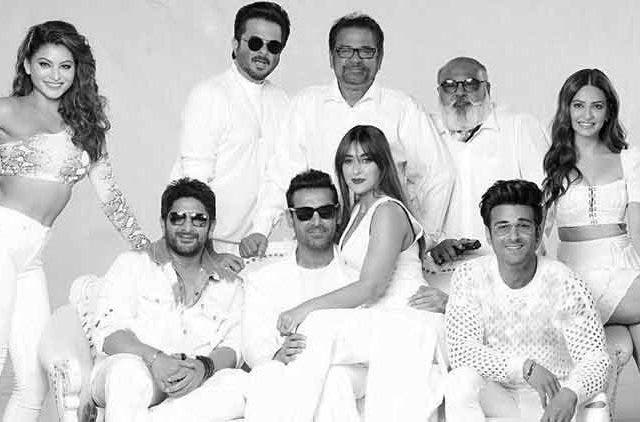 Pagalpanti-Cast-Bollywood-Entertainment-DKODING