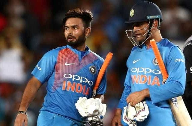 Pant-Dhoni-Cricket-Sports-DKODING