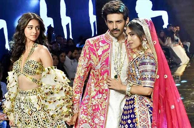 'Pati, Patni Aur Woh' turns muse for Abu-Sandeep fashion show DKODING