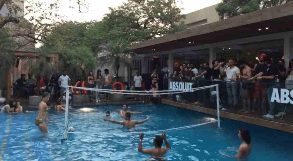 Pool-Party-Entertainment-DKODING