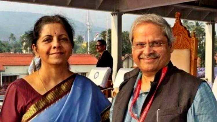 Prabhakar-Parakala-Finance-Minister-Sitharaman-Husband-Economy-Money-Markets-Business-DKODING