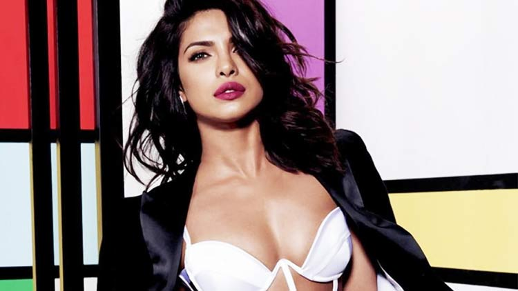 Priyanka-Chopra-Birthday-Bollywood-Entertainment-DKODING