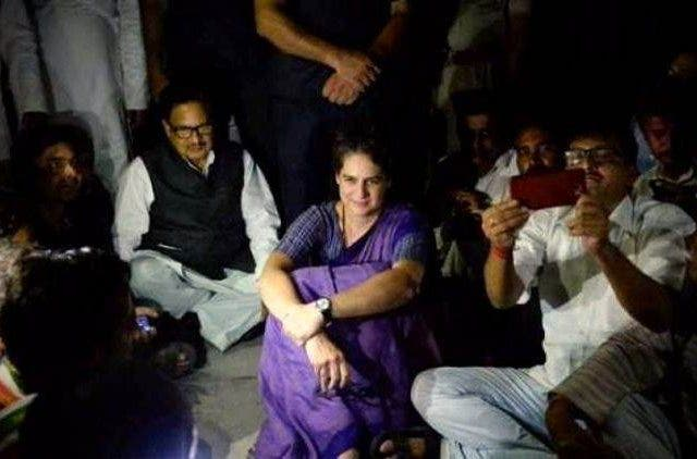 Priyanka-Gandhi-Spends-Night-At-Mirzapur-Guest-House-India-Politics-DKODING