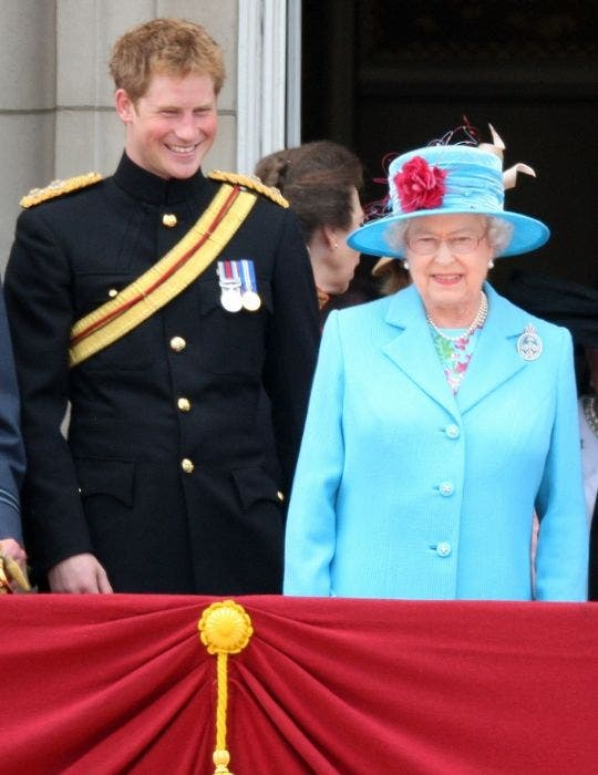 Queen Elizabeth trying to bring Prince Harry home