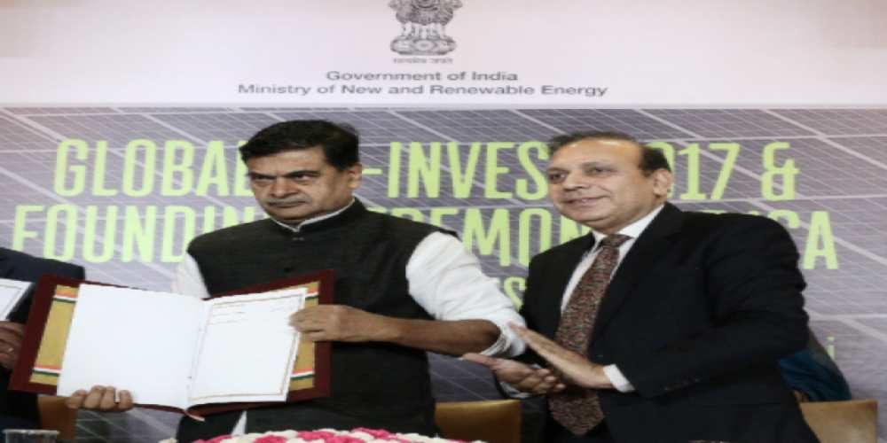 R. K. Singh, Minister of State (IC) Power and New & Renewable Energy with Anand Kumar   Secretary, Ministry of New & Renewable Energy    NEWSSHOT   DKODING