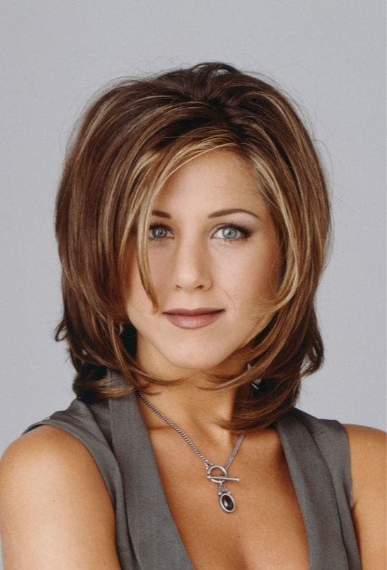 Rachel-Green-Hair-Style-Friends-Fashion-And-Beauty-Lifestyle-DKODING