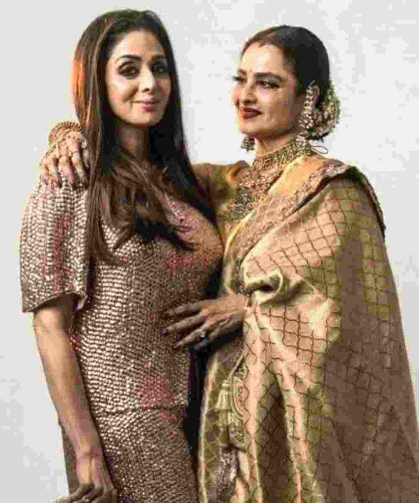 Rekha and Sridevi at the Award show DKODING